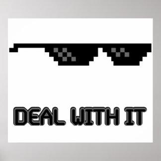 Trato con él gafas de sol póster