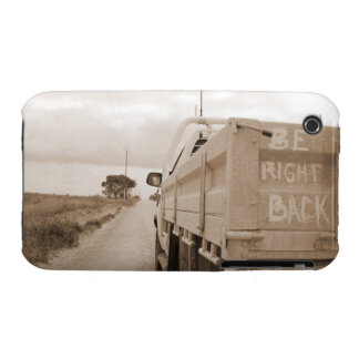 Travel be right back landscape dirt road sky ute iPhone 3 Case-Mate case