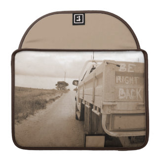 Travel be right back landscape dirt road sky ute MacBook pro sleeve