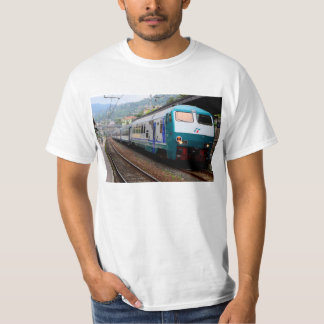 Travel by train in Italy T Shirt