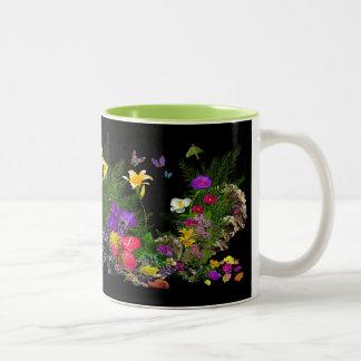 travel mug flower art by Linda Darcy for Judy