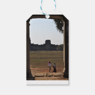 Travel window gift tags