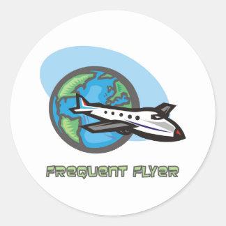 Traveller: Frequent flyer passenger airplane Round Stickers