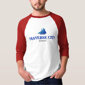 Traverse City, Michigan Basic 3/4 Sleeve Raglan T-Shirt