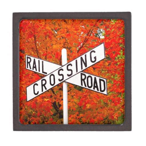 Travesía de ferrocarril del otoño caja de regalo de calidad