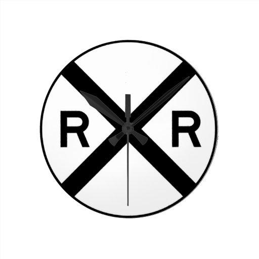Travesía de ferrocarril relojes