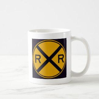 Travesía de ferrocarril taza de café
