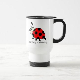 Travesía de la mariquita taza de café