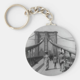 Travesía del puente de Brooklyn Llavero Redondo Tipo Pin