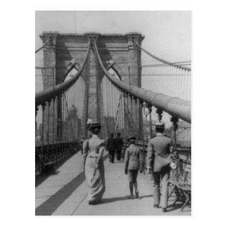 Travesía del puente de Brooklyn Tarjetas Postales