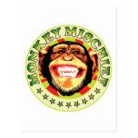 Travesura del mono tarjetas postales