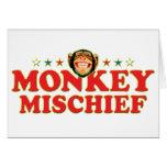 Travesura enrrollada del mono felicitación