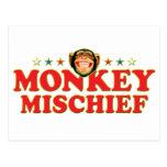 Travesura enrrollada del mono postales