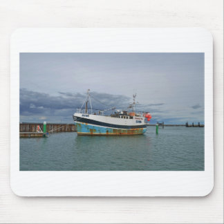 Trawler Galwad-Y-Mor Mouse Pad