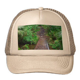Trayectoria al bosque encantado gorras de camionero
