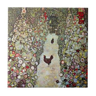 Trayectoria con los pollos, Klimt, arte Nouveau Azulejo Cuadrado Pequeño
