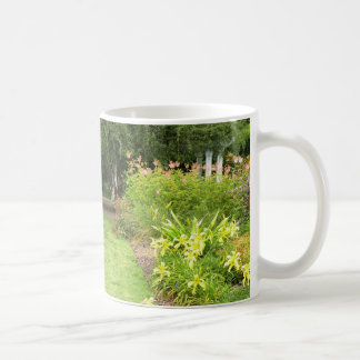 Trayectoria del jardín taza de café