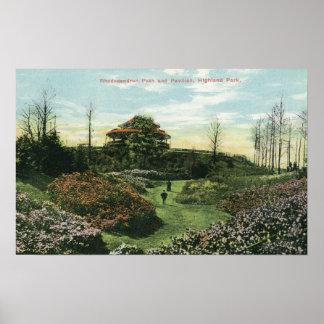 Trayectoria y pabellón del rododendro de Highland  Posters