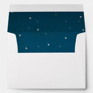 Trazador de líneas estrellado del cielo nocturno y sobres