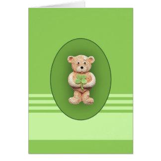 Trébol afortunado de cuatro hojas tarjeta de felicitación
