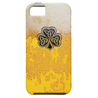 Trébol afortunado irlandés de la cerveza de moda iPhone 5 protector