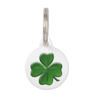 Trébol de cuatro hojas - símbolo del día de St Identificador Para Mascotas