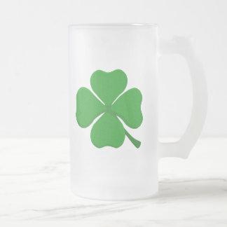 Trébol de cuatro hojas taza de cristal
