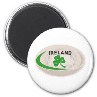 Trébol de Irlanda de la bola de rugbi Imán Redondo 5 Cm