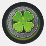 Trébol de la hoja del irlandés 4 pegatinas redondas