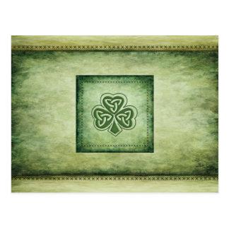 Trébol de moda del irlandés del grundge del postales