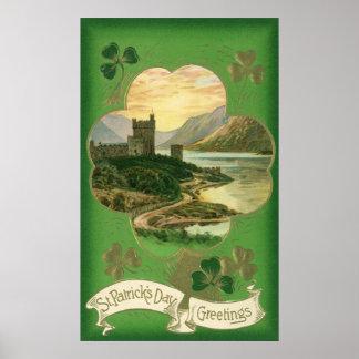 Trébol del castillo de los saludos del día del St. Póster