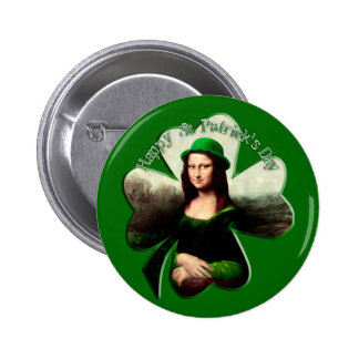 Trébol del día de Mona Lisa St Patrick afortunado Pin Redondo De 2 Pulgadas