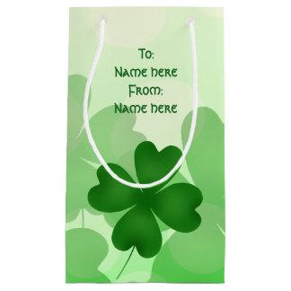 Trébol del día del St Patricks a y desde Bolsa De Regalo Pequeña