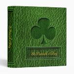 Trébol del irlandés de la Cuero-Mirada