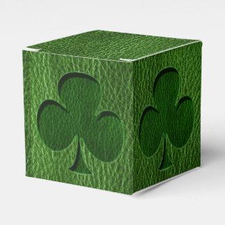 Trébol del irlandés de la Cuero-Mirada Caja Para Regalos De Fiestas