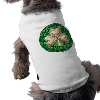 Trébol del oro en la camisa céltica del perro de l camisetas mascota