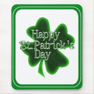 Trébol feliz del día del St. Patricks Tapete De Ratón