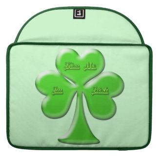 Trébol irlandés #1 funda para macbook pro