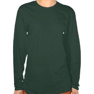 Trébol irlandés apenado de la bandera de las mujer camiseta