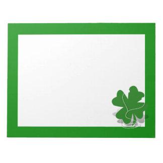 trébol irlandés bloc de notas