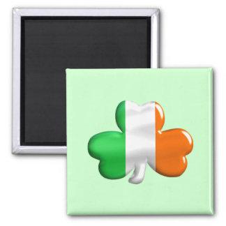 Trébol irlandés de la bandera imán cuadrado