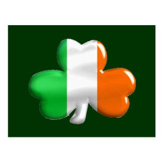 Trébol irlandés de la bandera postales