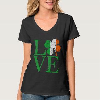 Trébol irlandés del amor del St Patricks Camisas