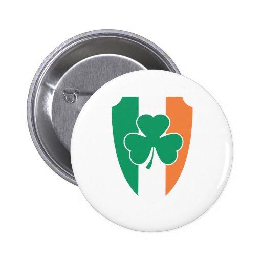 Trébol irlandés del escudo pin redondo 5 cm