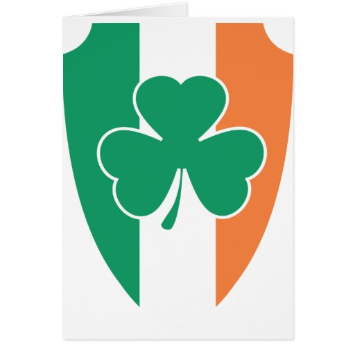 Trébol irlandés del escudo tarjeta de felicitación