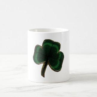 Trébol irlandés del trébol del orgullo del vintage taza