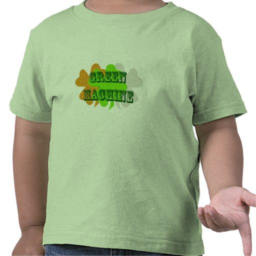 Trébol irlandés del triple divertido de la verde camiseta
