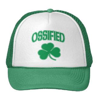 Trébol irlandés osificado gorras