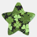 Trébol irlandés verde calcomanías forma de estrella