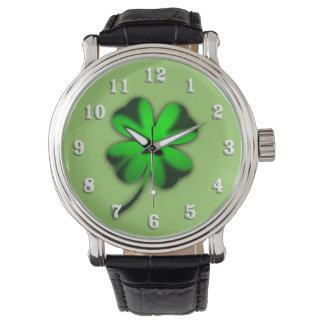 Trébol irlandés verde reloj de mano